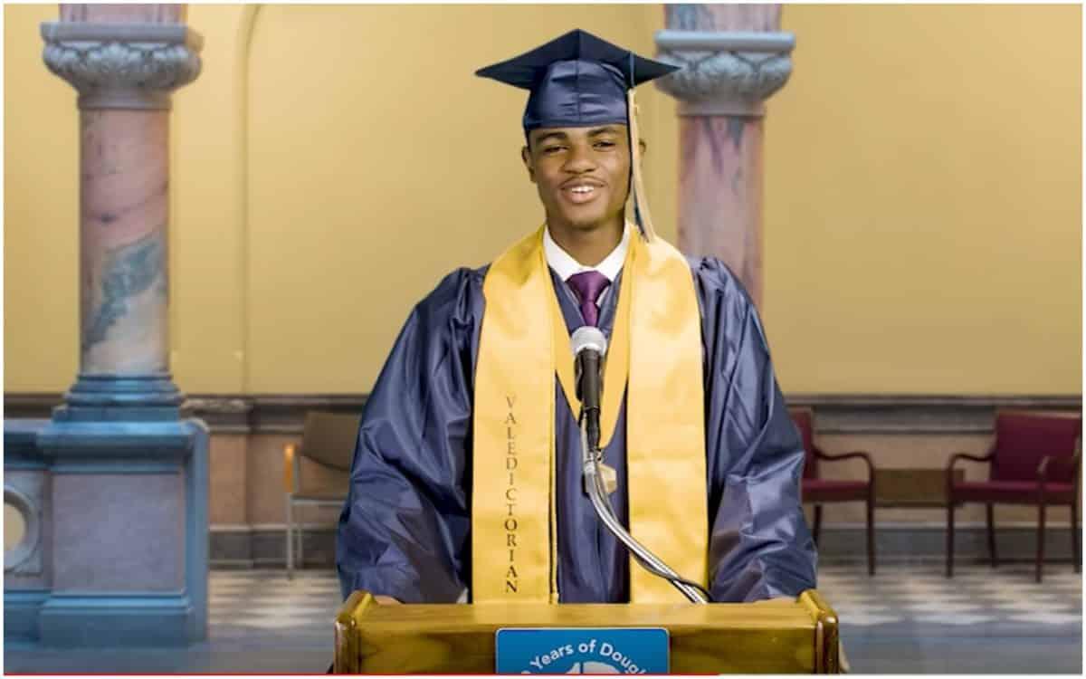 Jaisaan Lovett, Black valedictorian