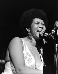Aretha Franklin, Performing, EBONY Magazine