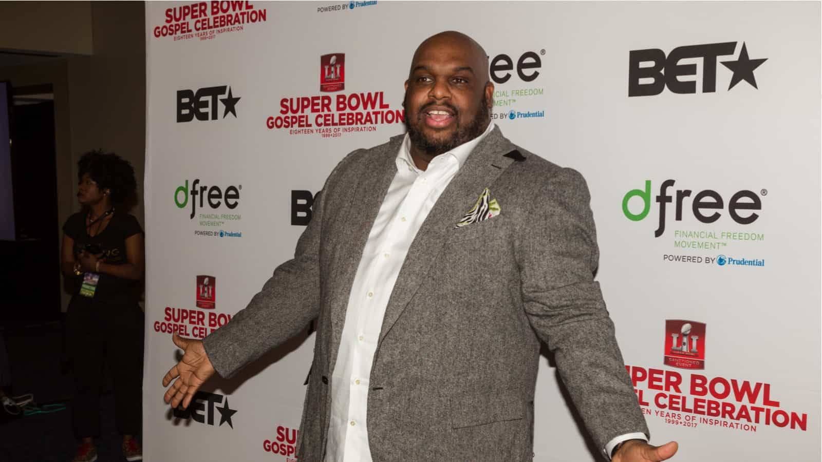 Pastor John Gray Seemingly Admits to Cheating on Wife