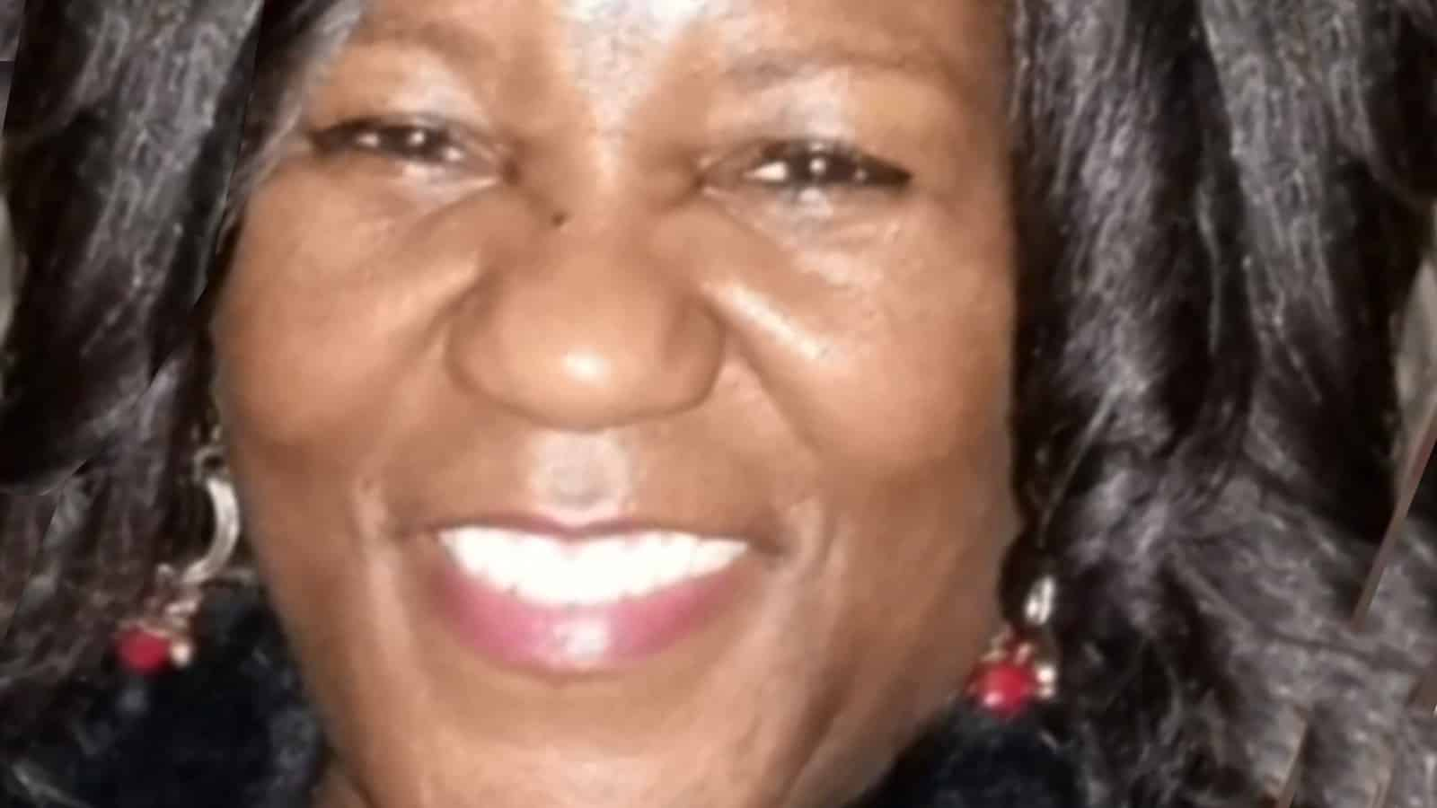Good Samaritan, Black woman, stabbed