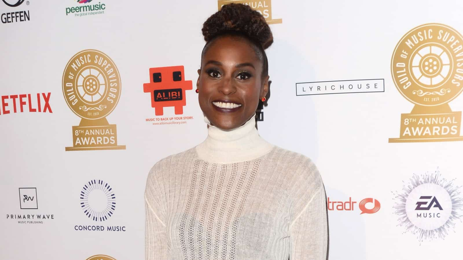 Issa Rae's Reaction to Recent Pregnancy Rumors Is Hilarious