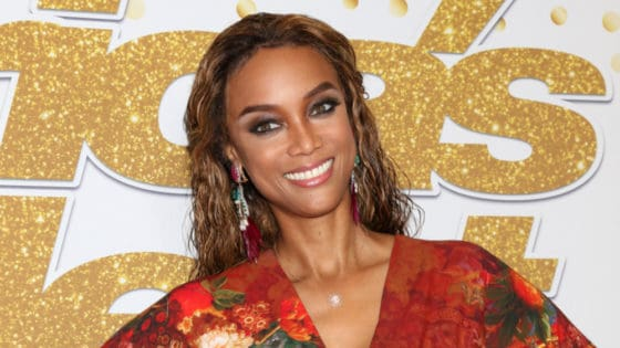 Tyra Banks Shares Gorgeous Barefaced and Wig-Free Photo