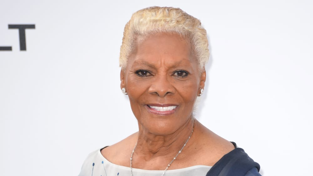 Dionne Warwick Still Angered by Molestation Claims Against Her Sister