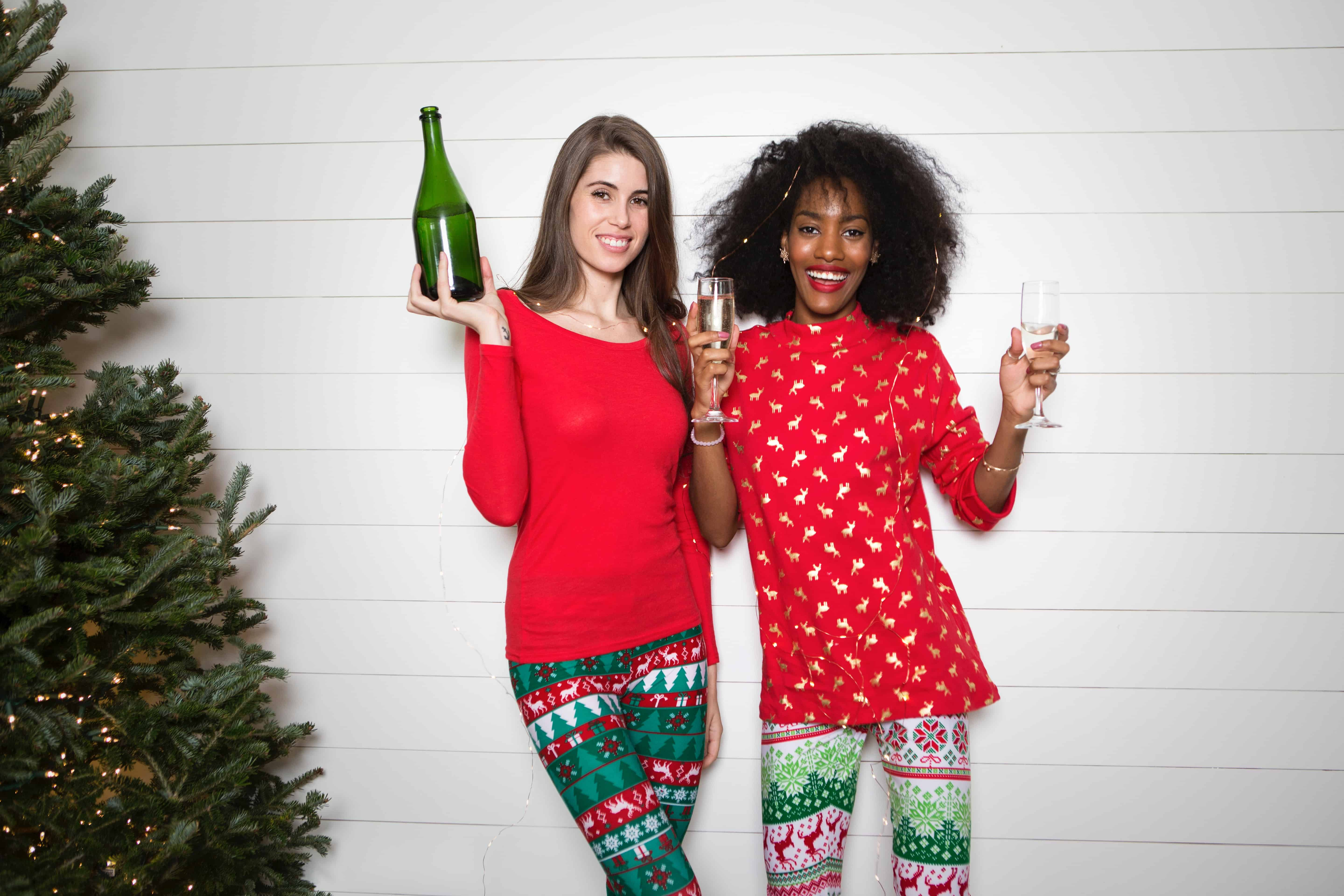 3 Ways to Survive a Dreaded Holiday Office Party • EBONY